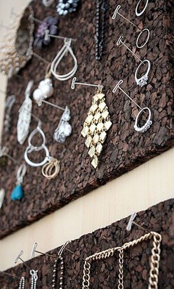 Go-Simple-with-Cork-Board