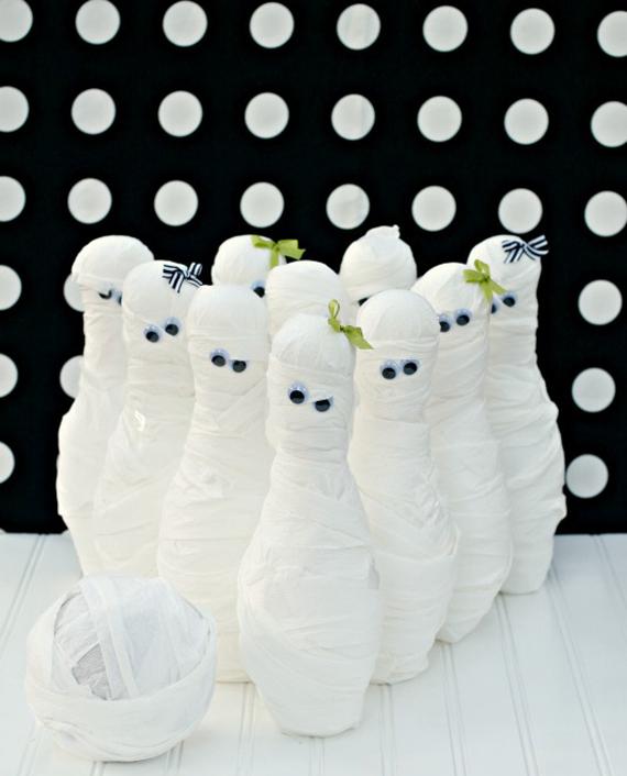 mummy-bowling