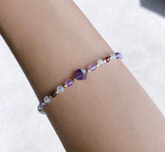 Amethyst-Gemstone-Beaded-Bracelet