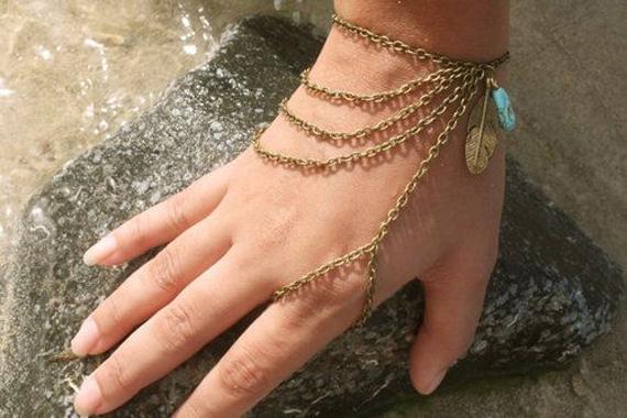 Feather-Beaded-Chain-Slave-Bracelet
