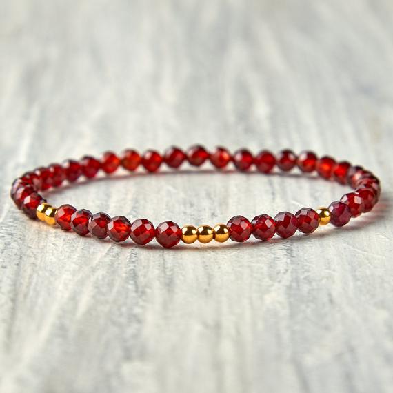 Garnet-Beaded-Bracelet