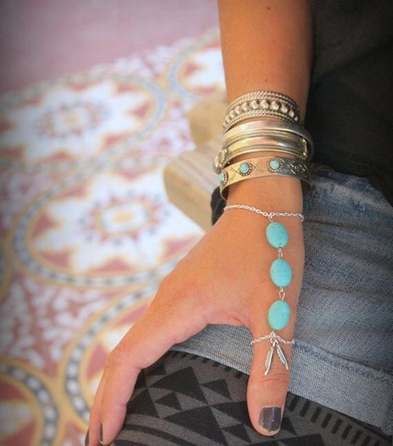 Layered-Slave-Chain-Bracelet