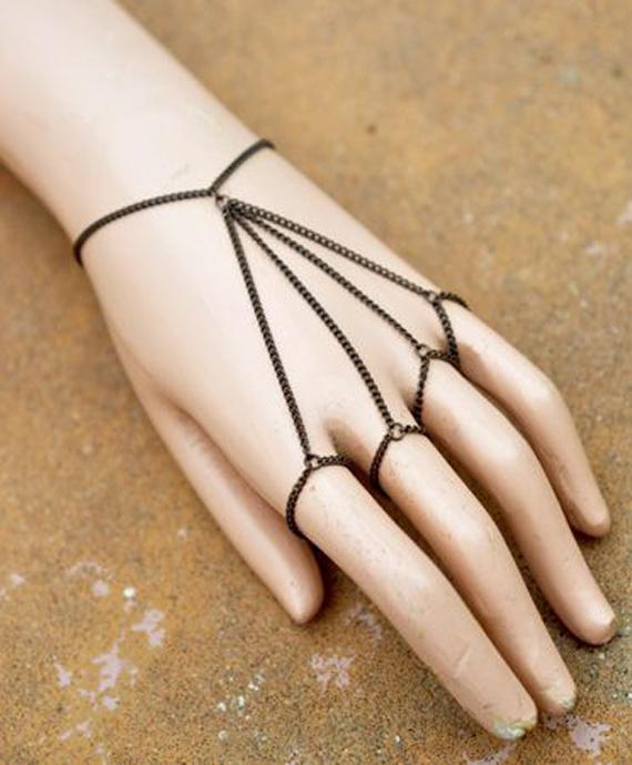 Multi-Fingered-Slave-Chain-Bracelet