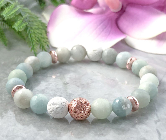 Round-Aquamarine-Gemstone-Beaded-Bracelet