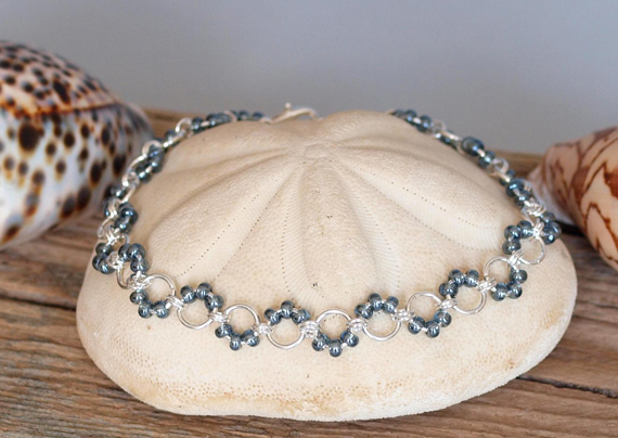 Seed-Beaded-Jump-Ring-Necklace