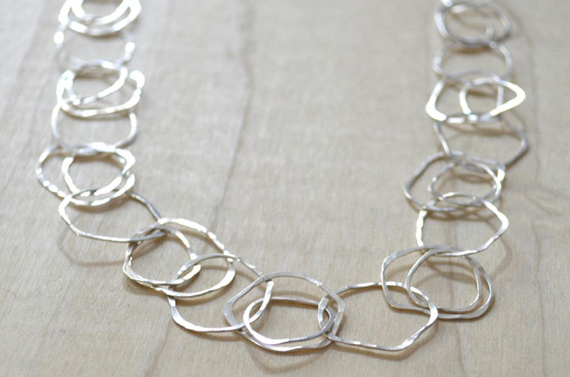 Texture-Jump-Ring-Chain-Linked-Necklace