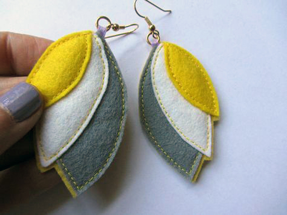 Three-Leaf-Stitched-Felt-Earrings