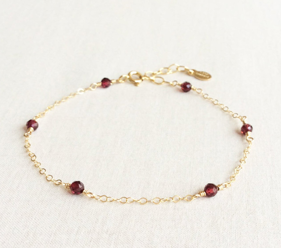Wire-Wrapped-Garnet-Birthstone-Bracelet-with-Chain