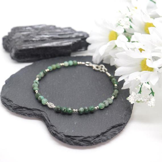 Round-Emerald-Birthstone-Filigree-Bracelet