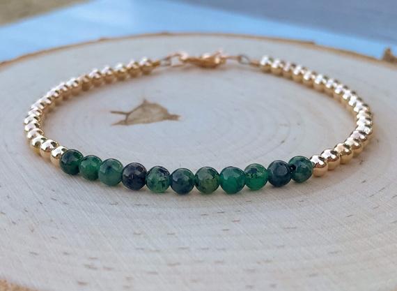 Round-Emerald-Birthstone-Month-Bracelet