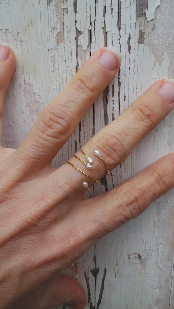 Adjustable-Wire-Pearl-Ring