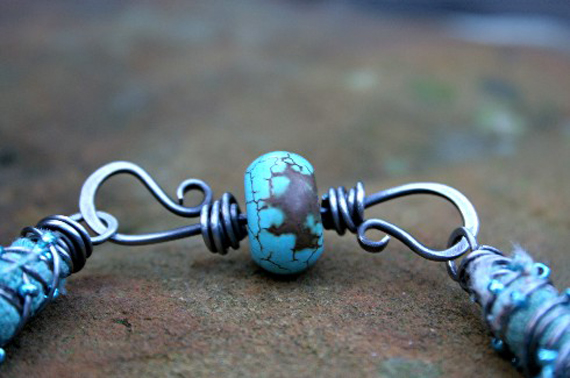 Double-Hook-Beaded-Clasp