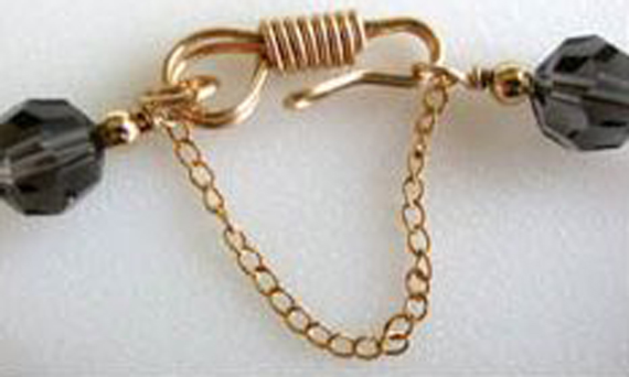 Hook-and-Chain-Clasp