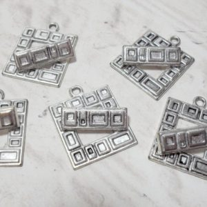 5 Sets of 20mm Square Toggles