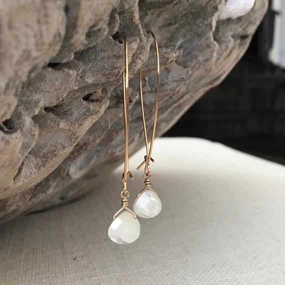 Birthstone-Pearl-Briolette-Earrings