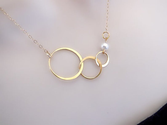 Triple-Linked-Birthstone-Pearl-Chain-Necklace