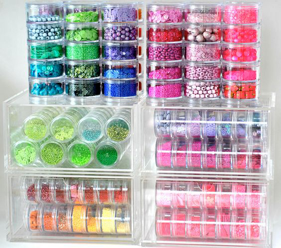 Round-Plastic-Stackable-Containers