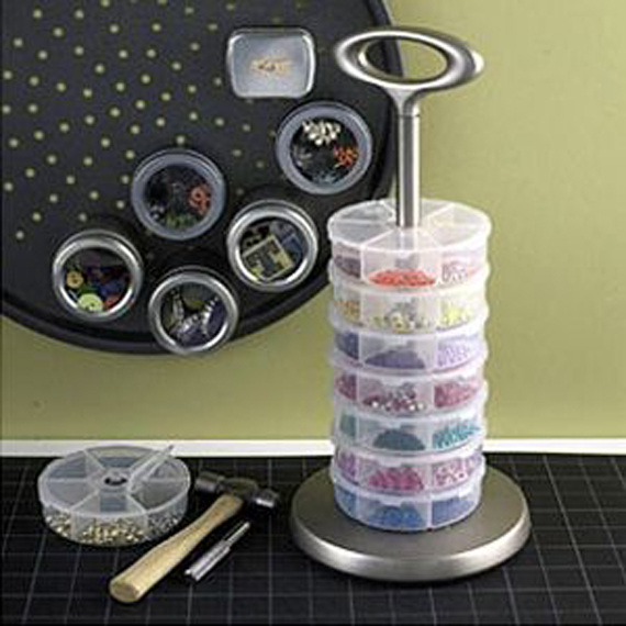 Stackable-Plastic-Containers