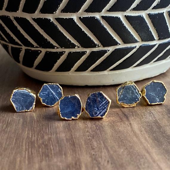 Gold-Sapphire-Stud-Birthstone-Earrings