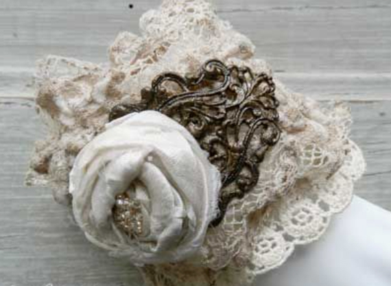 Lace-with-Filigree-Fabric-Cuff-Bracelet