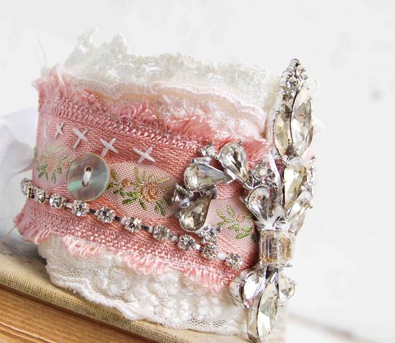 Pink-Pearl-and-Rhinestone-Fabric-Cuff