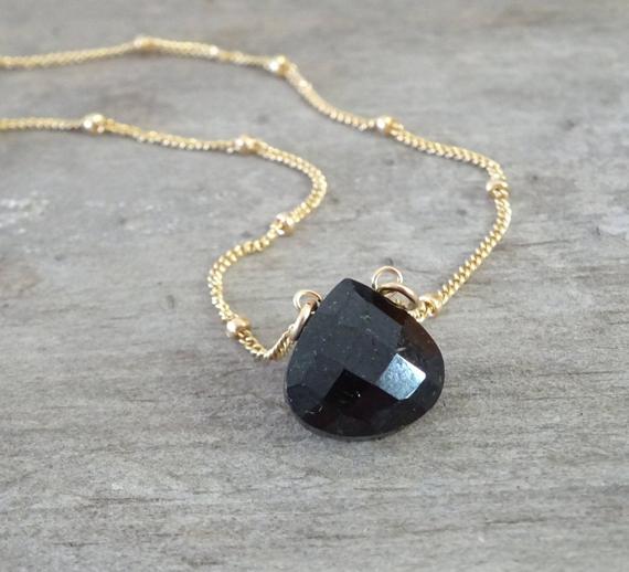 Black-Tourmaline-Birthstone-Briolette-Necklace